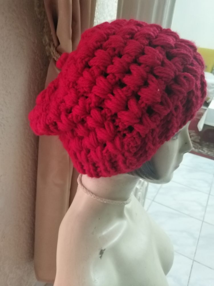 Bonnet crochet rouge