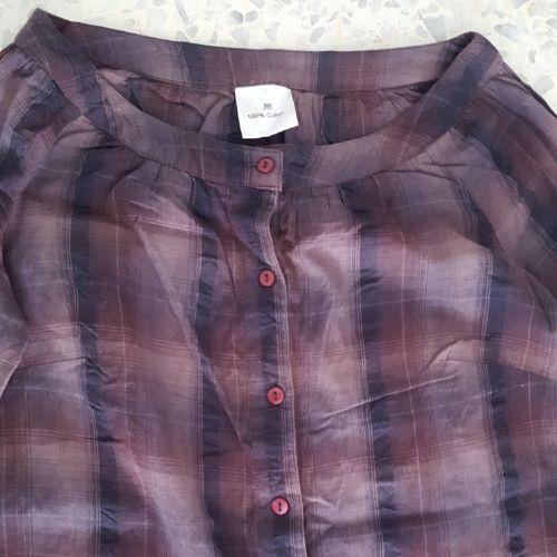 Chemise /robe  avec volant ,  idéale pour la saison qui vient. 100% cotton