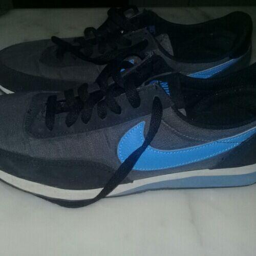 Des espadrilles Nike