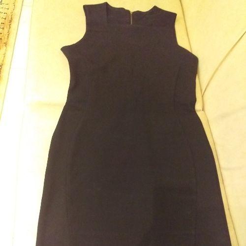 Une robe et  jupe noir taille 38