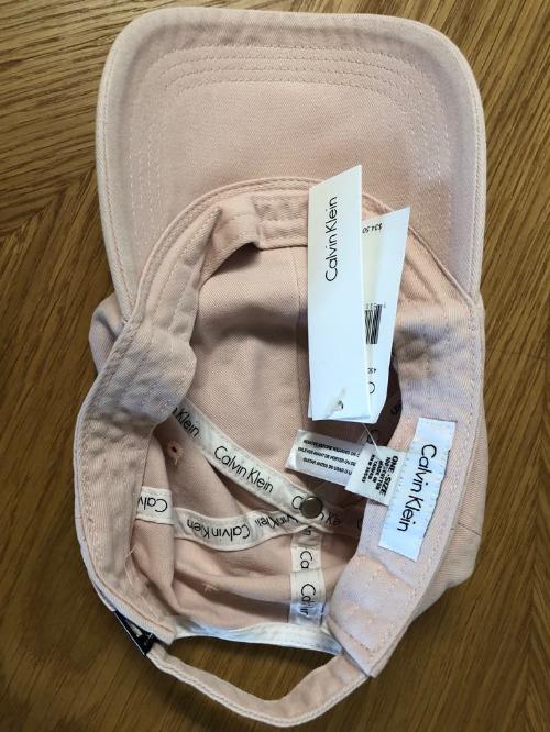 Casquettes Calvin Klein - Neuve avec étiquette