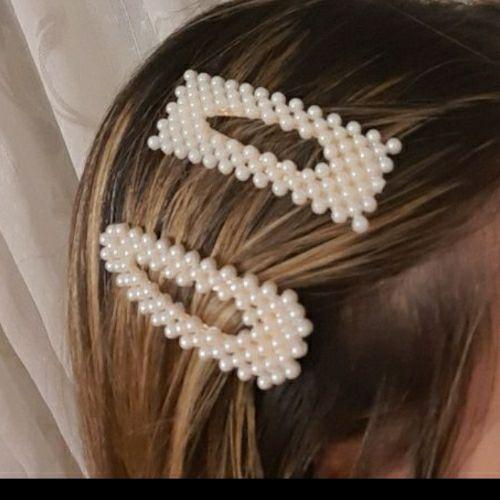Barettes perlées