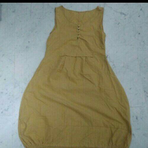 Deux robes d'été courtes