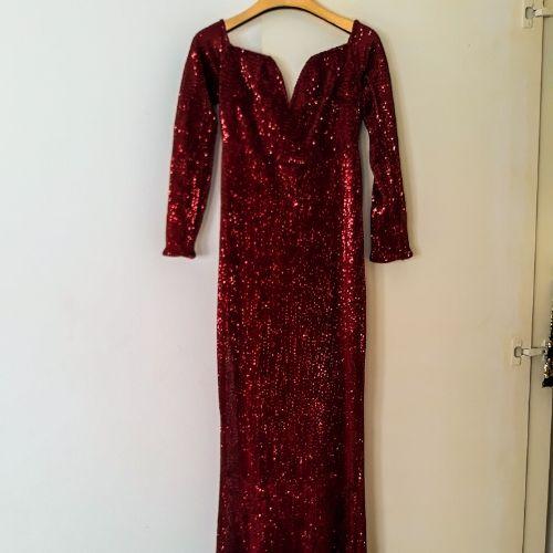 Robe soirée  rouge Bordeaux