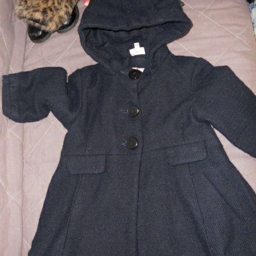 Manteau bleu marine deux/trois ans