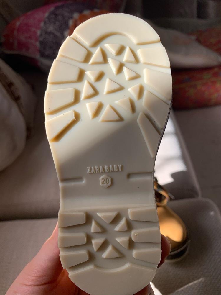 Bottine Zara avec etiquettes