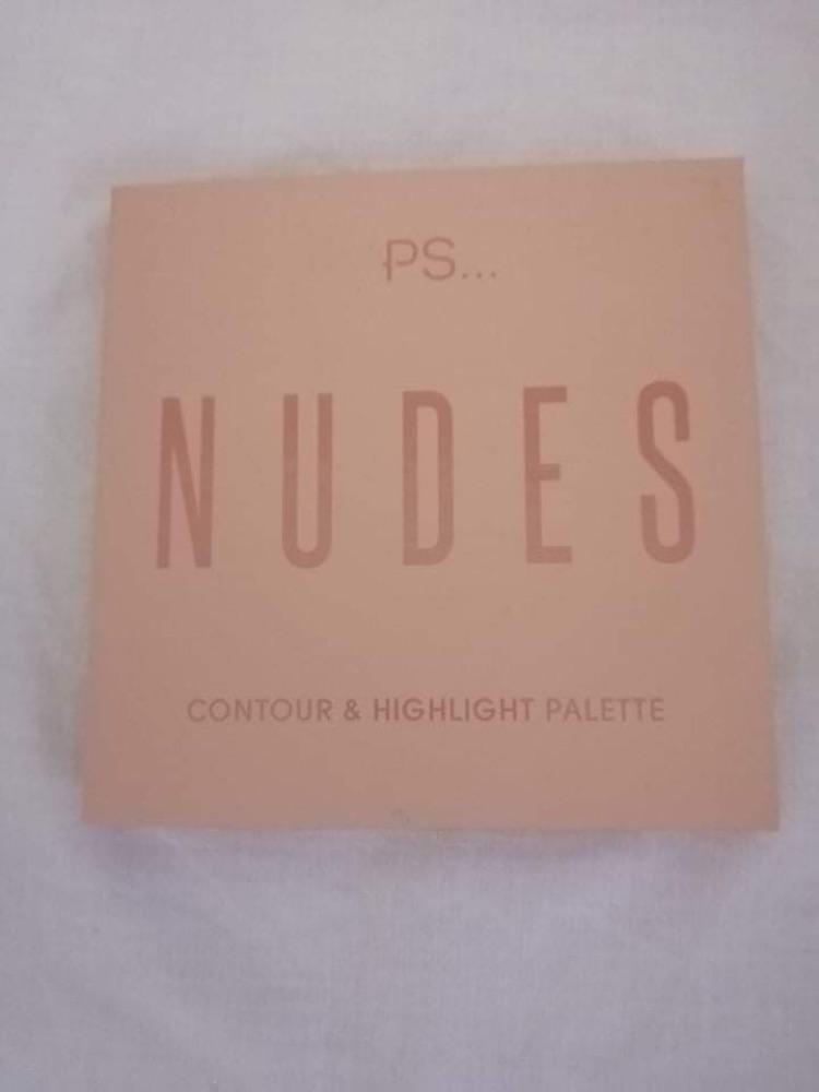 Contour et highlight palette NUDES jamais utilisé