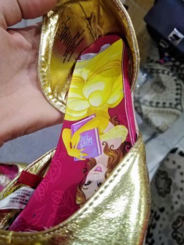 Ballerines fille en dorée princesse pointure 32 bon etat