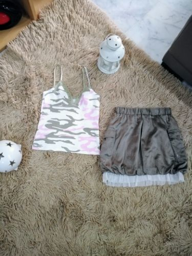 Ensemble de t shirt +jupe pour fillette 8 ans