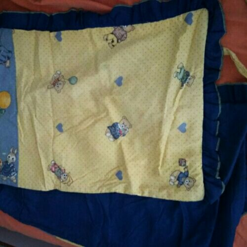 Ensemble sac ,couette,lange,contour de lit et coussin pour bébé