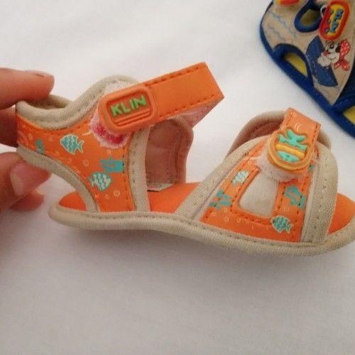 2 Sandales pour bébé marque klin