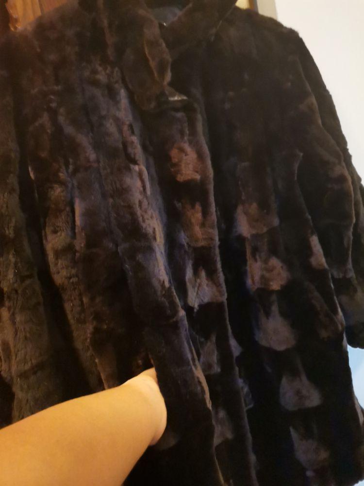 Manteau réversible fourrure et cuir marrin