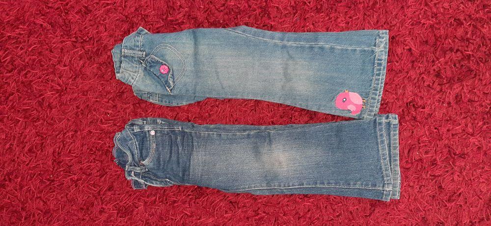 Deux pantalons fillettes ilabas de 2 à 3 ans
