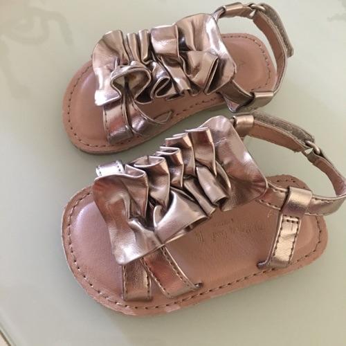 Sandale doré