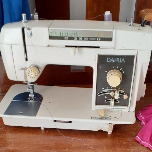 Machine de couture ancien