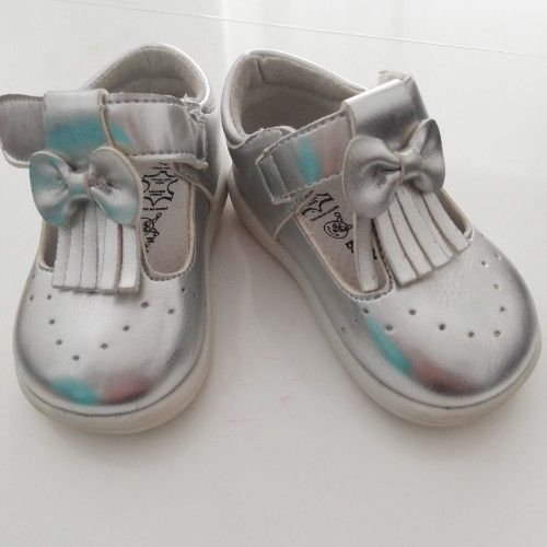 Chaussures filles 24