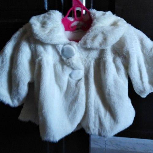 Veste blanche fourrure pour fillette de 2ans