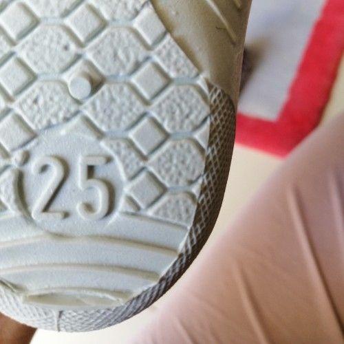 Pantoufles pointure 25