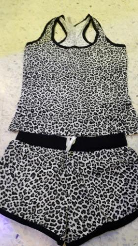 Pyjamas 100% cotton made in turkey 2 piéces à 25 dt seulement