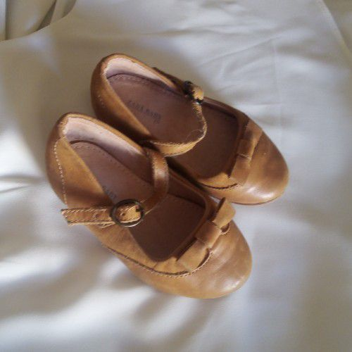 ZARA BABY SHOES EN CUIR