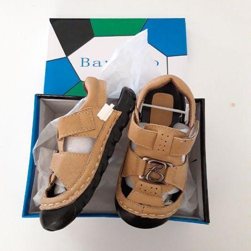 Sandale beige neuf pour garçon