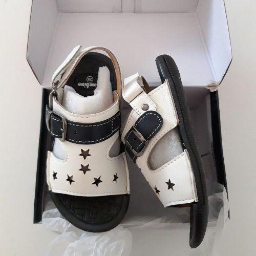 Sandale neuf pour garçon