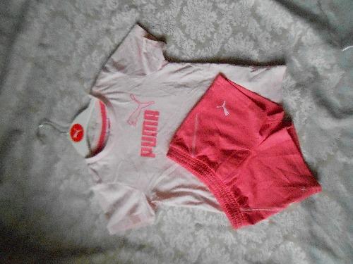 PUMA tenue bébé fille original 1 ans neuf et acheté en Suisse