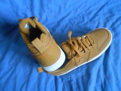 Nike cuir camel, pointure 40, neuf et importé (dernière paire dispo)