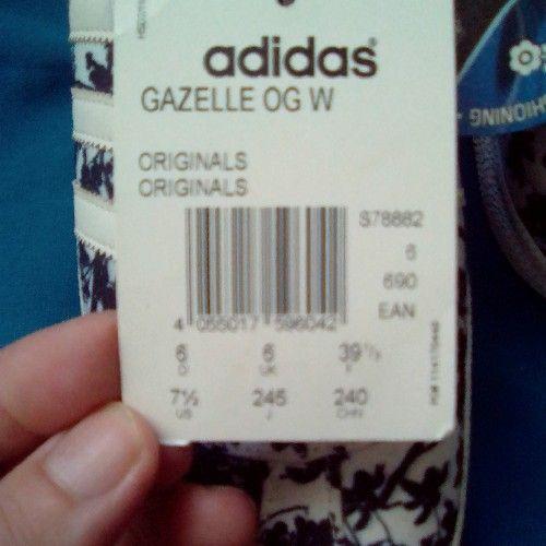 Superbe Adidas Gazelle pointure 39 encore l'étiquette de la Suisse valeur 327dt dernier prix !!!