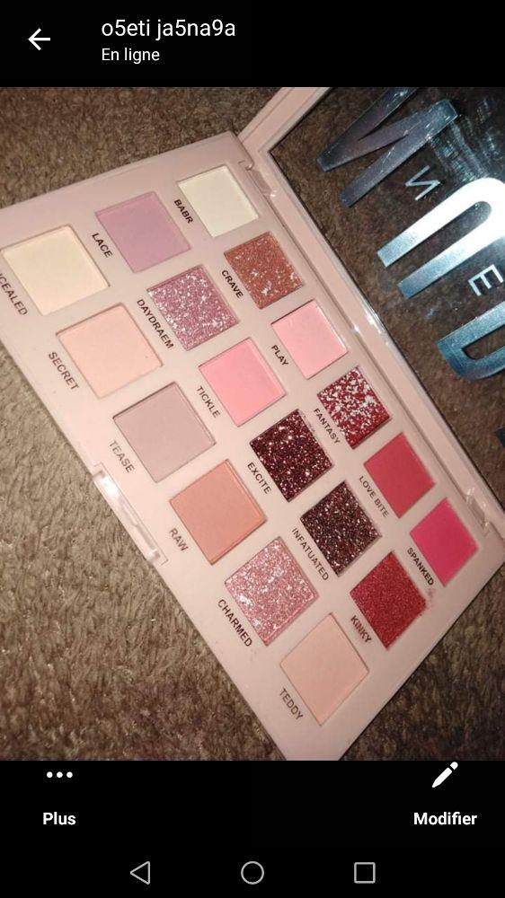 Des palette !!!!! kol wahda w soumha